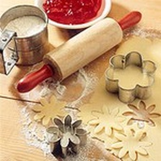 Teen Holiday Cookie Bake-shop