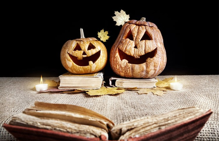 Submit Your Favorite Scary Books and Stories