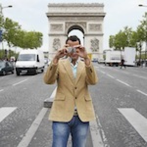 Author Talk: Searching for the Perfect Moment in France